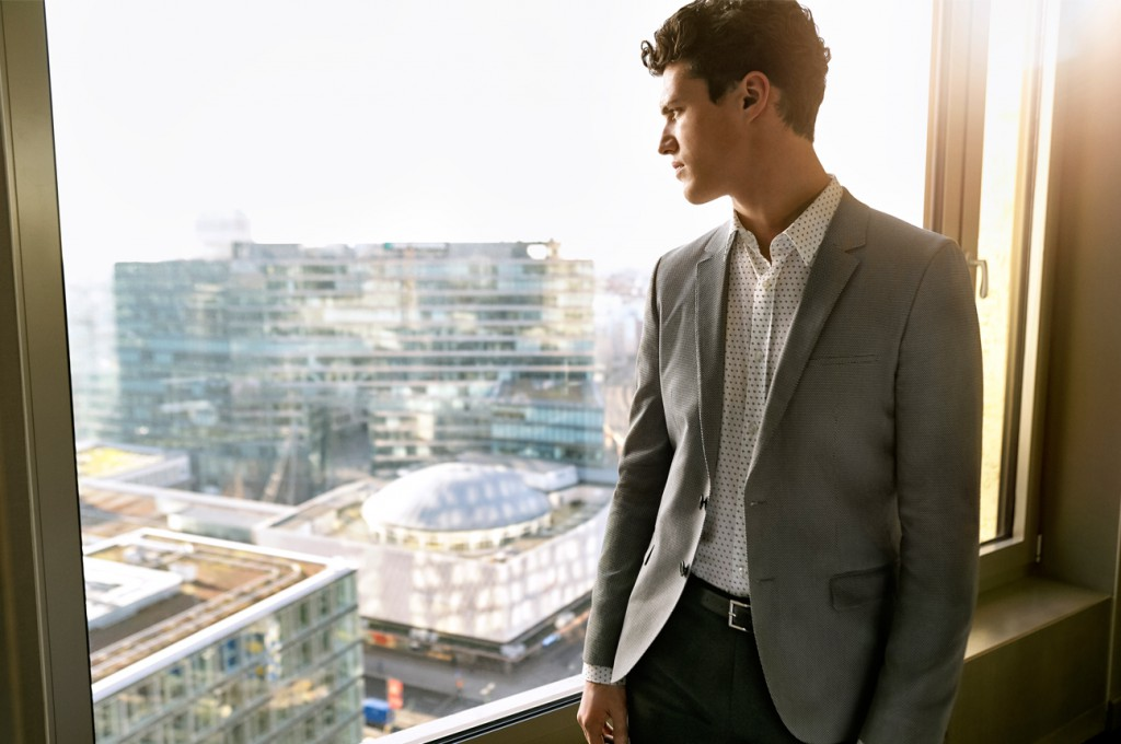 male model in a suit for garhammer a bove berlin